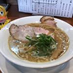らーめん 四恩 - 白湯醤油  730円(税込)