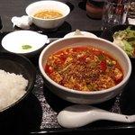 103020101 - 何時食べても美味しい麻婆豆腐定食