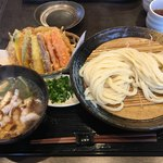 うどん家 一 - 料理写真:肉汁うどん+野菜天ぷら