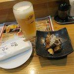 焼肉 居酒家 よんどん - 生ビールにお通しです