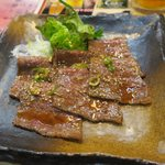 焼肉 居酒家 よんどん - 特上カルビ(¥2.000)