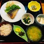 新美勢本店 - 料理写真:日替わり定食650円
