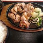 定食処 櫻茶屋 - 料理写真:免許更新定食200g