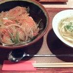 あちこーこー - 三枚肉丼セット700円♪