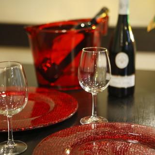常時<10種類以上>もの品揃え。季節によって様々な日本酒を