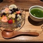 京都四条くをん - 杏華(きょうか) 見た目の華やかさ◎もちもち、クニュクニュ、ぷるぷる♪いろんな食感が楽しい(^0^)優しい甘さでめっちゃおいしいです☆☆☆グリーンティーの爽やかな苦みがベストマッチ◎ 2019/02/27