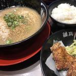 河童ラーメン本舗 - 料理写真:河童ラーメン唐揚げセット♪ 1.030円