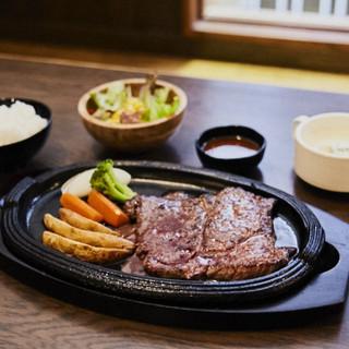 肉質にこだわりあり!希少部位のステーキ定食も人気