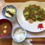 ぽん太 - 料理写真:焼きそばランチ(550円)
