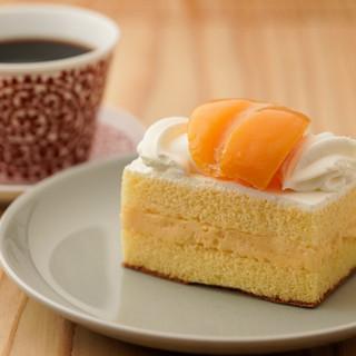 ティータイムは、長崎名物のスイーツと出島コーヒーで一休み♪