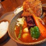 ヴァサラロード - スープカリィ 骨無しチキン&野菜 1,100円