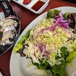 キンカウーカ・グリル&オイスターバー - サラダ(1人分) けっこうしっかり量あります