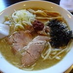 煮干中華 あさり - 辛味そば(並)700円