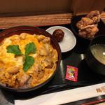 103071259 - 名古屋コーチン親子丼 醤油唐揚げセット 1,360円