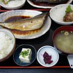 福魚食堂 - サバの煮付け定食700円。