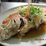 広東料理 シュウロン FS - 料理写真:広東料理の素材を生かした調理法で鮮魚の旨味を堪能できます