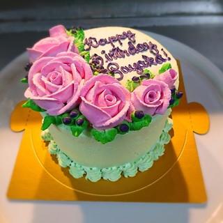 当店特製の手作りケーキ!\3,500~。誕生日や記念日に。