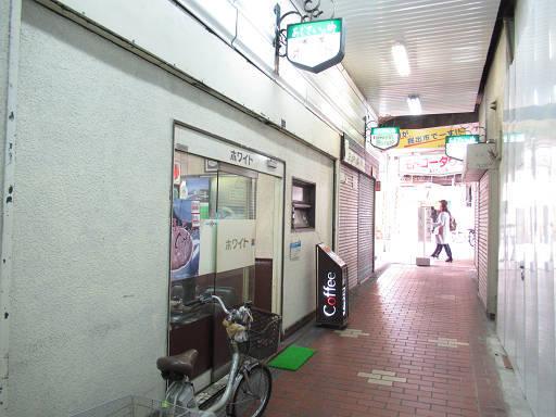 https://tblg.k-img.com/restaurant/images/Rvw/103080/103080414.jpg