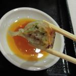 オリオン餃子 - 肉汁ジュワー