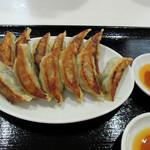 オリオン餃子 - 焼き餃子12個760円(税別)