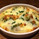 3世代で楽しめるイタリアン 「キッチンmatsui」 - 真鱈とポテトのジェノベーゼグラタン