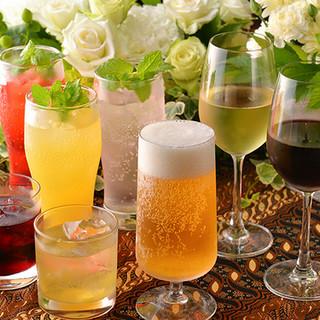 イタリア産ワインを中心に豊富なアルコールを取り揃えております