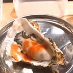すしまる - 牡蠣トマトソース200円