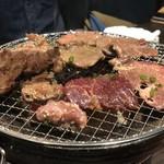 炭火焼肉 ホルモン処 縁 -