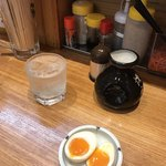 とんこつ亭 ひろみちゃん - 味玉100円! 焼酎2合950円!