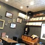 カフェ パティーナ - 店内イメージ
