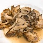 フレンチ食堂 - つぶ貝のペペロンチーノ風