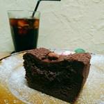 ヱントツコーヒー舎 - 料理写真:ガトーショコラ