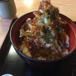 食事処 寿 - ランチCセットヒメマス丼アップ