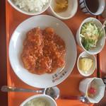 キッチン富士 - 料理写真:えびチリ定食¥1180-