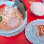 山岡家山形西田店 - 醤油ラーメンBセット 840円