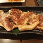 ホルモン焼道場 蔵 - 豚肉