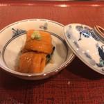 103141640 - 羅臼の雲丹と青とびの一番海苔の一口粥