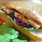103143938 - ランチ:日替わりランチ(イイダコのトマト煮込とサーモンのサンドイッチ)、サラダ