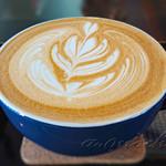 ストロベリー スウィッチ ブレード カフェ - ドリンク写真:ホワイトチョコラテ