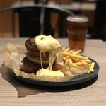 スリープレイス - 肉チーズバーガー、PIG HEAD IPA