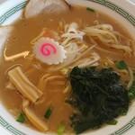 丸沼高原レストランプラトー - 料理写真:特製豚骨醤油ラーメン  1050円