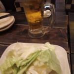 串じまん - 料理写真:生ビールとお通し