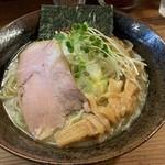 貝ガラ屋 - 【2019.2.14】濃厚牡蠣ソバ