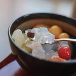 """舟和 - """"蜜豆(みちまめ)""""、寒天(かんざらしところてん)+赤豌豆(あかきのらまめ)"""