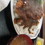 武屋 - 洋風カツ丼 750円