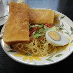 パーラーエル - トースト・スパゲティサラダ・ゆで玉子