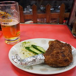 宝来亭 - 鶏のもも揚げ & 生ビール