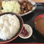 来来憲 - 角切りとんてきランチ定食 ¥1100 角切りランチ肉増量 ¥200