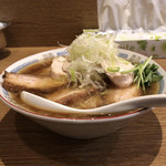 バードメン - 肉肉鶏そば(別アングル)♪
