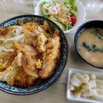 ふるさと食堂 - 料理写真:かつ丼 600円